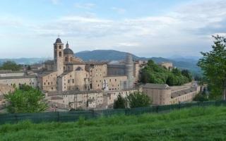 TOUR DOLCI MARCHE-Partenza 18 novembre 2021.4 giorni/3 notti-Gradara,Urbino,Fabriano,Loreto,Conero